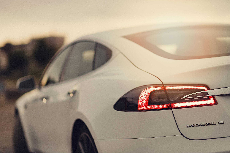 Tesla selbst Fahren
