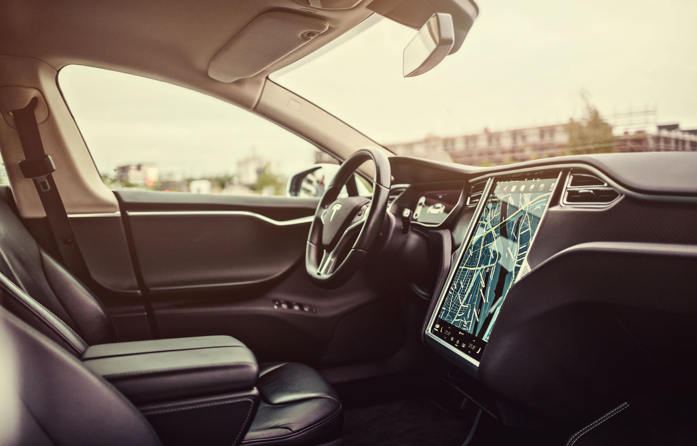 Tesla Gutschein